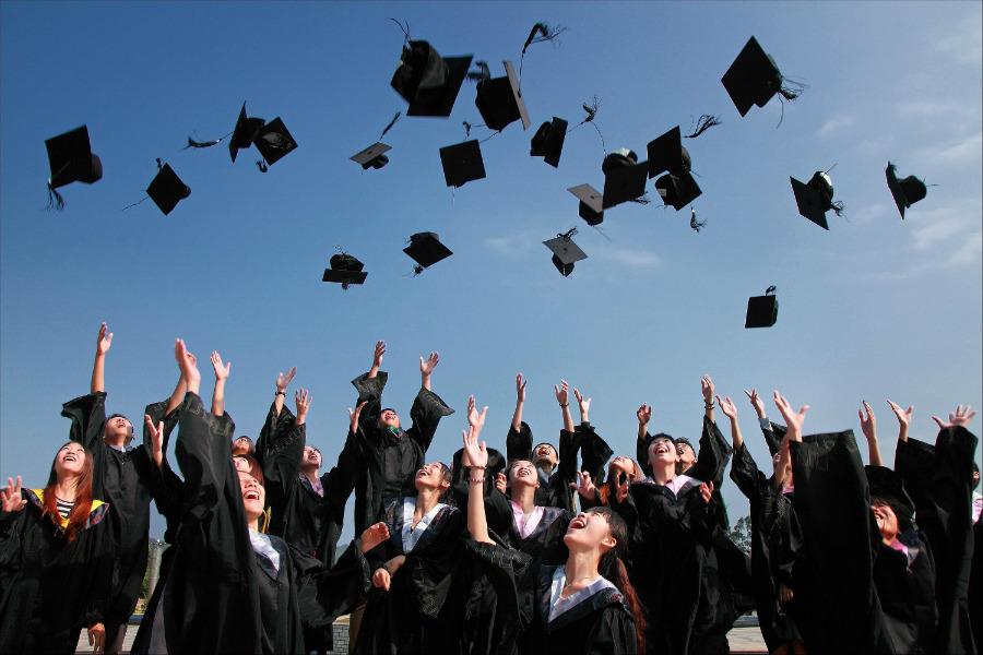 ventajas de estudiar la prepa en 2 anos entrar antes a la universidad